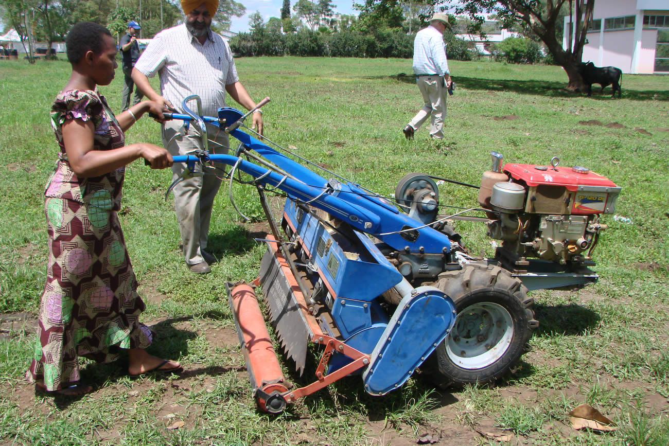 agricultural mechanization The history of agricultural mechanization is filled with exciting technological  advances and complicated social issues agriculture, once a harrowing and.